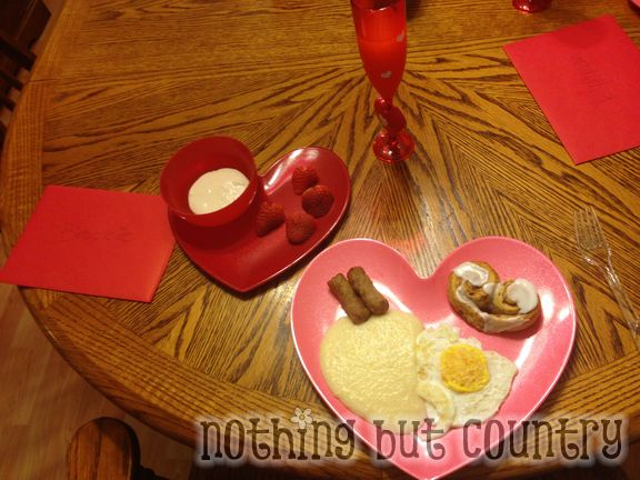 Valentine's Day themed Breakfast and Lunch for your kids